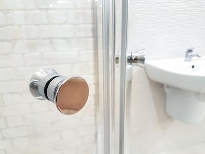 Recomendaciones para evitar caídas de ancianos en el baño