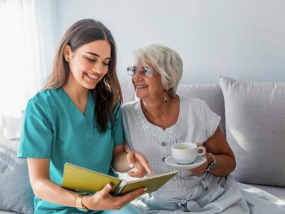 Cuidado a domicilio personas mayores