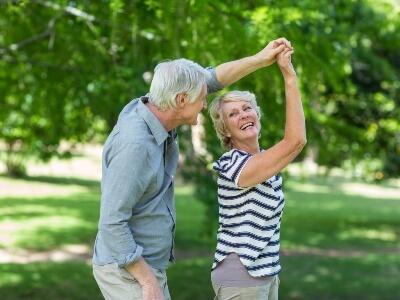 beneficios del baile en ancianos